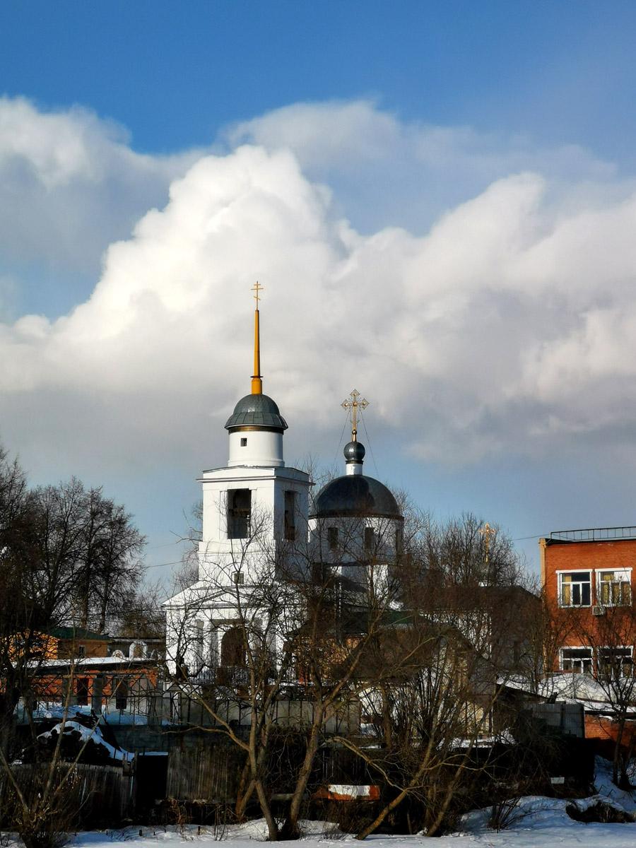 Церковь Смоленской иконы Божией Матери. Построена в 1670 г., закрыта в 1930 г., вновь действует с 2002 г.