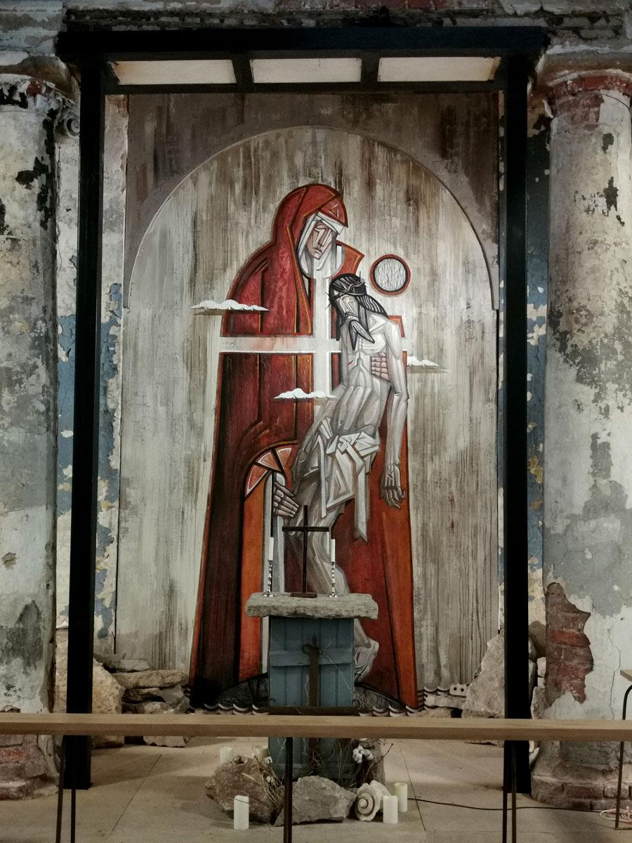 19 июля 2020 года в Анненкирхе состоялось открытие новой алтарной картины, авторства Кирилла Ведерникова. Оригинал работы не превышает 40 сантиметров в высоту. Ее отсканировал и масштабировал до 5-метровой высоты художник-урбанист Олег Лукьянов, после чего художник выполнил ее маслом. Алтарная картина появилась в Евангелическо-Лютеранской церкви Святой Анны спустя почти 100 лет. В последний раз она висела там в конце 1930-х годов