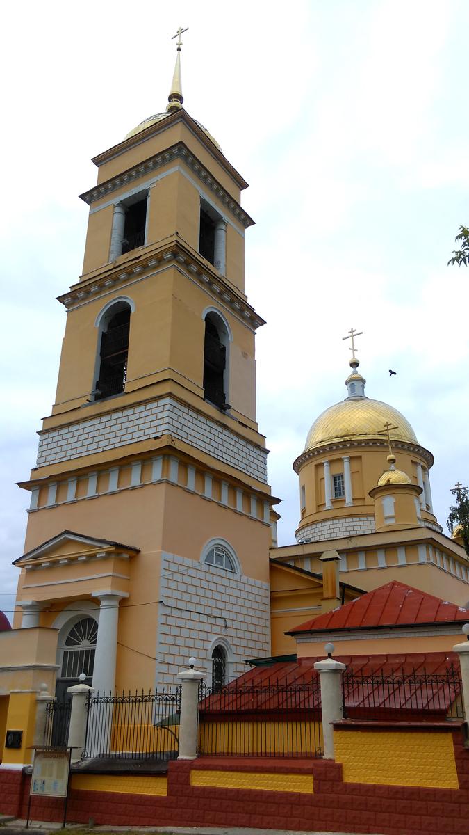 Собор Успения Пресвятой Богородицы в Кашире. Строился с 1829 по 1842 гг.