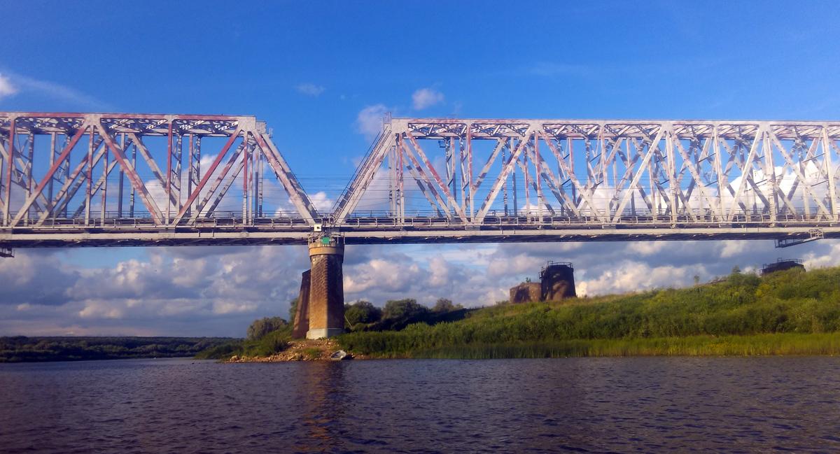 Железнодорожные мосты Павелецкого направления Московской железной дороги через реку Оку