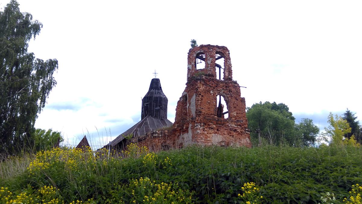 В 1929 г. храм закрыли и разорили. В 1991 г. его передали верующим.