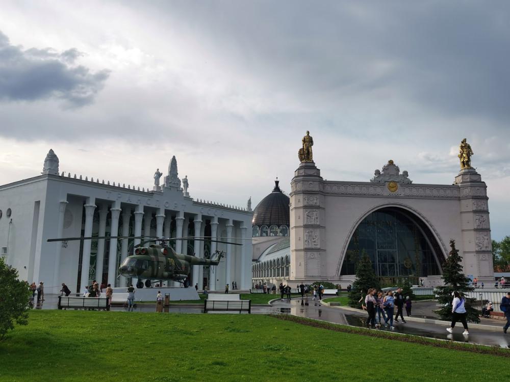 Павильон № 26 «Музей транспорта Москвы» и Павильон № 34 «Космос»