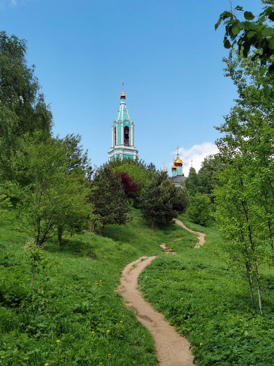 Храм Рождества Пресвятой Богородицы в Крылатском.