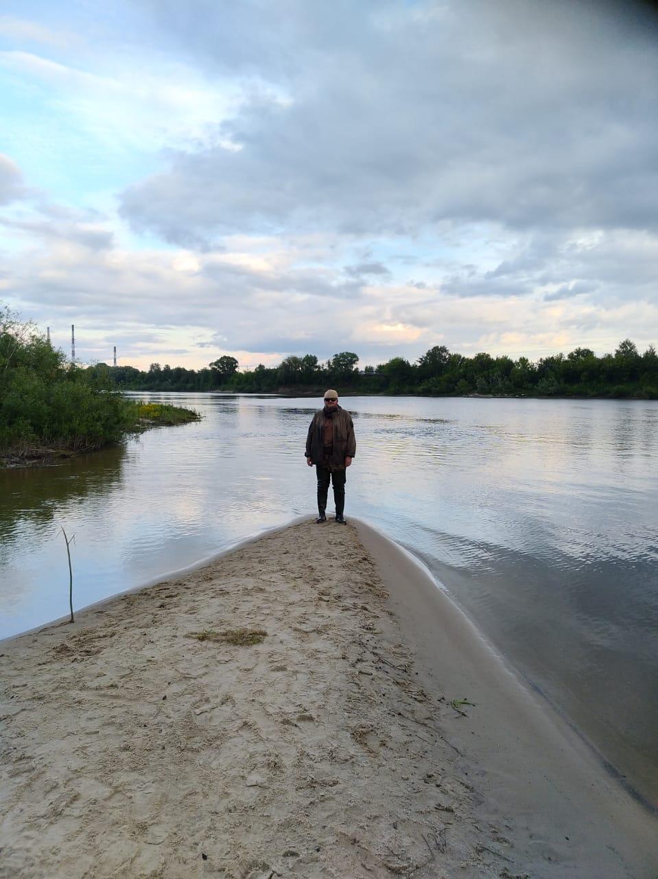 """Я на на песчаной косе между Каширкой и Окой уже после """"купания""""."""