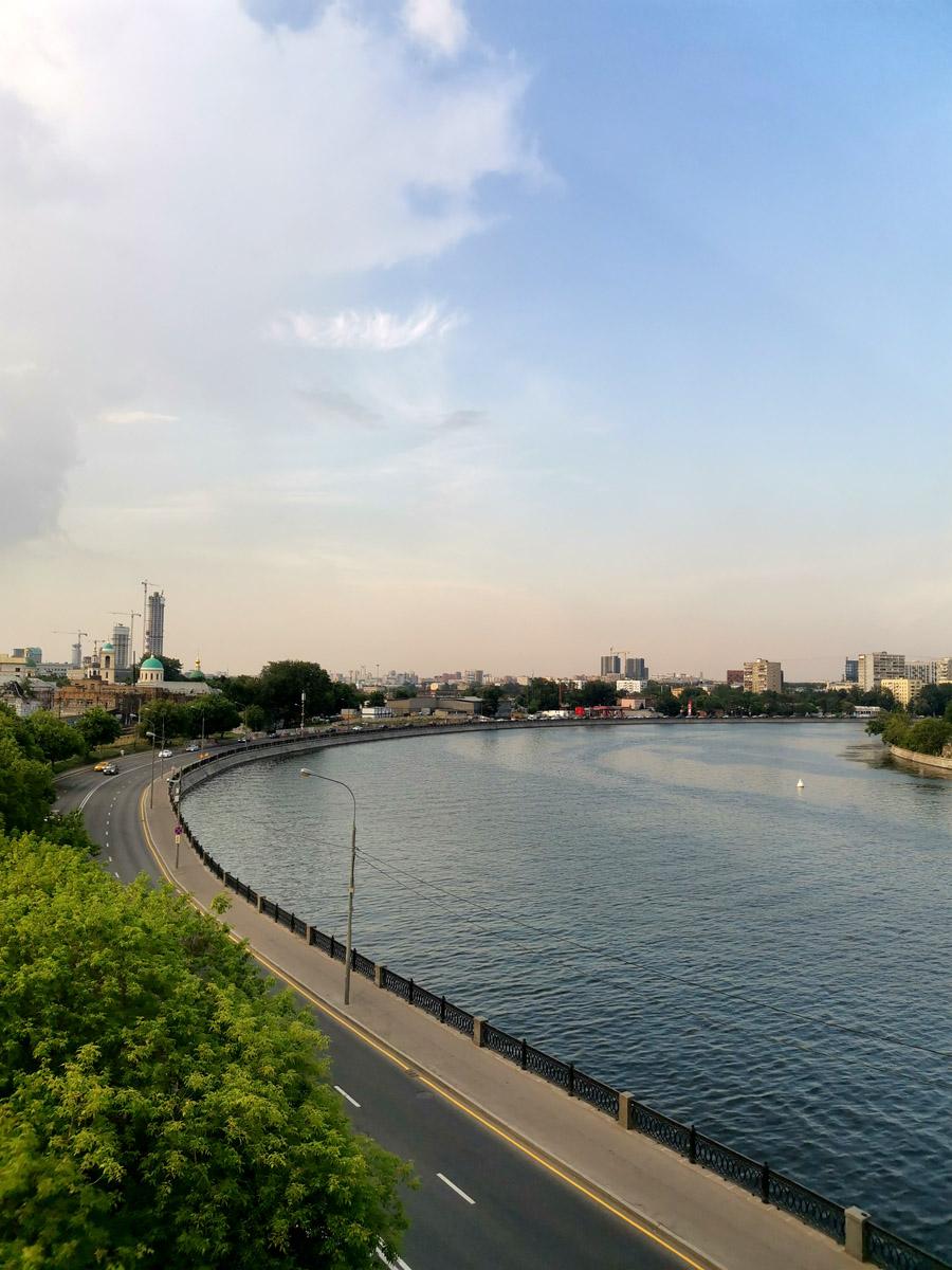Изгиб реки Москвы...