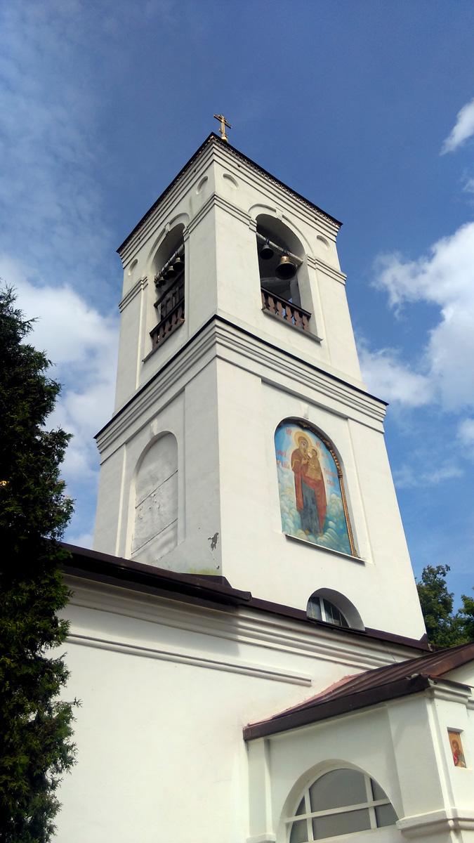 с.Среднее, Тихвинская церковь (Ступино)