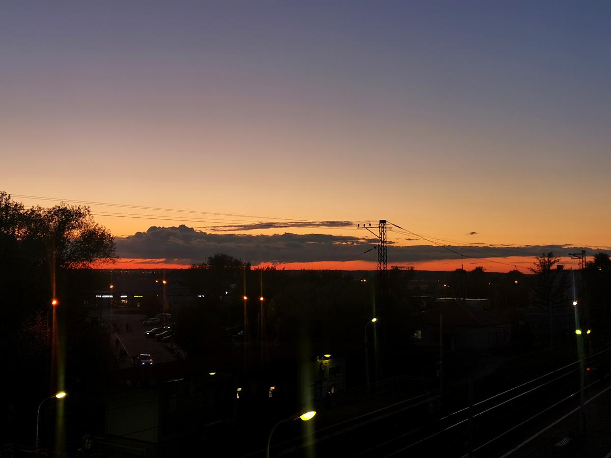 Вечернее небо накануне.