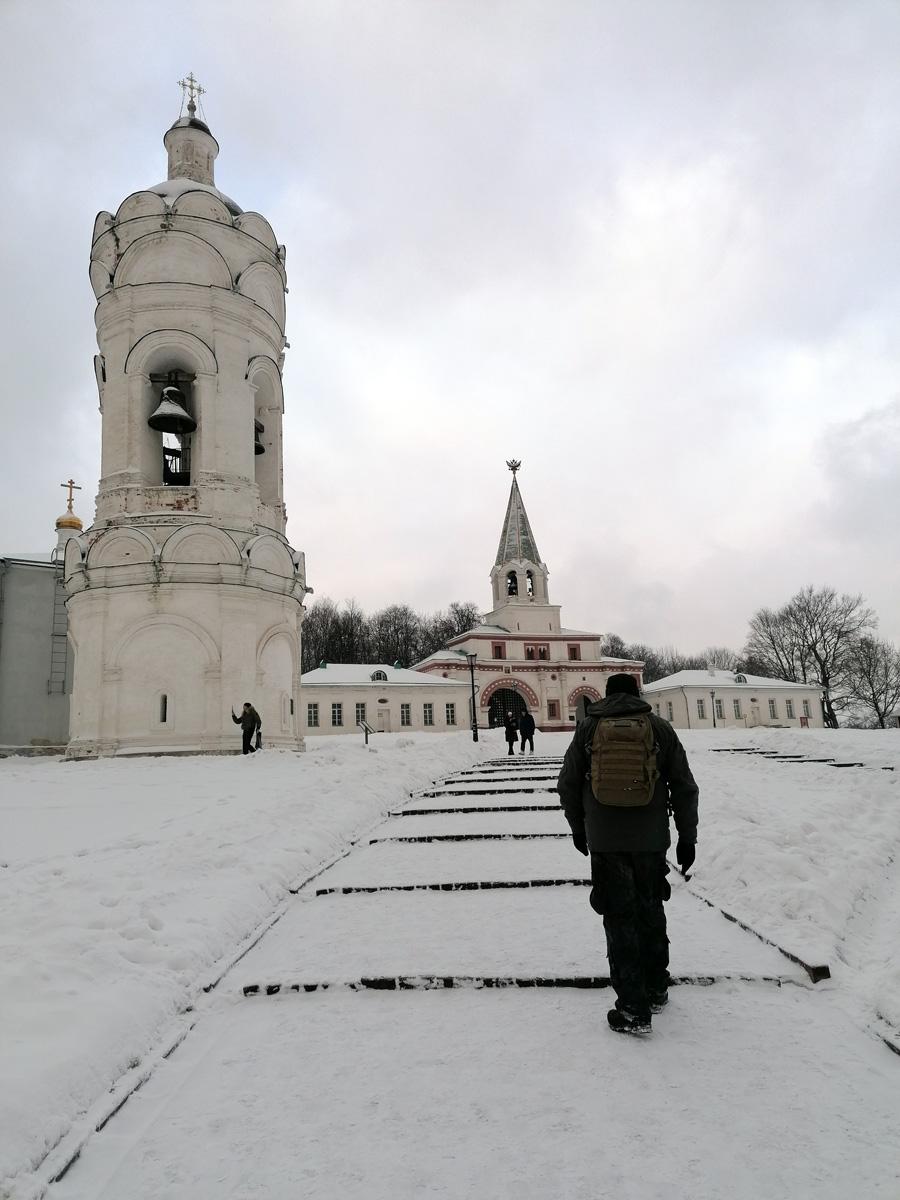 А я продолжаю свои прогулки, в том числе по паркам Москвы...