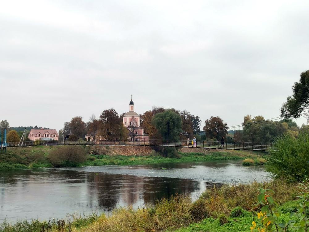 А вот и наш сегодняшний герой — самый длинный мост Московской области.