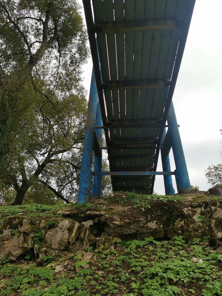 Фото опор и фиксированной части моста.