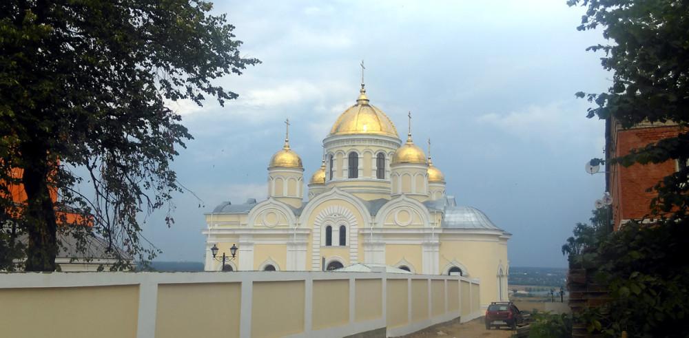 Собор Преображения Господня бывшего Никитского Каширского женского монастыря (Кашира) сооружен в 1889—1894 гг.