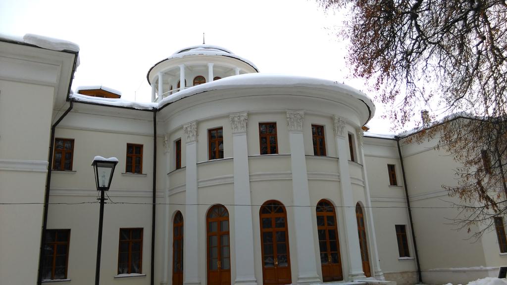 Главный усадебный дом с декабря 2016 года интерьеры открыты после реставрации. Проводятся экскурсии.
