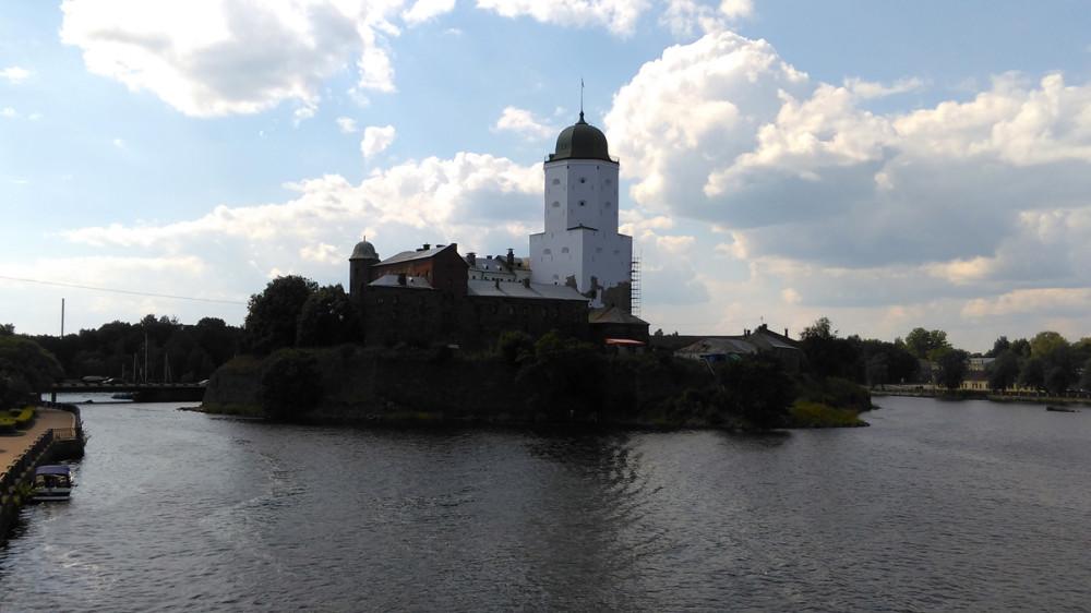 Выборгский Замок, о нем тоже расскажу, но позднее.