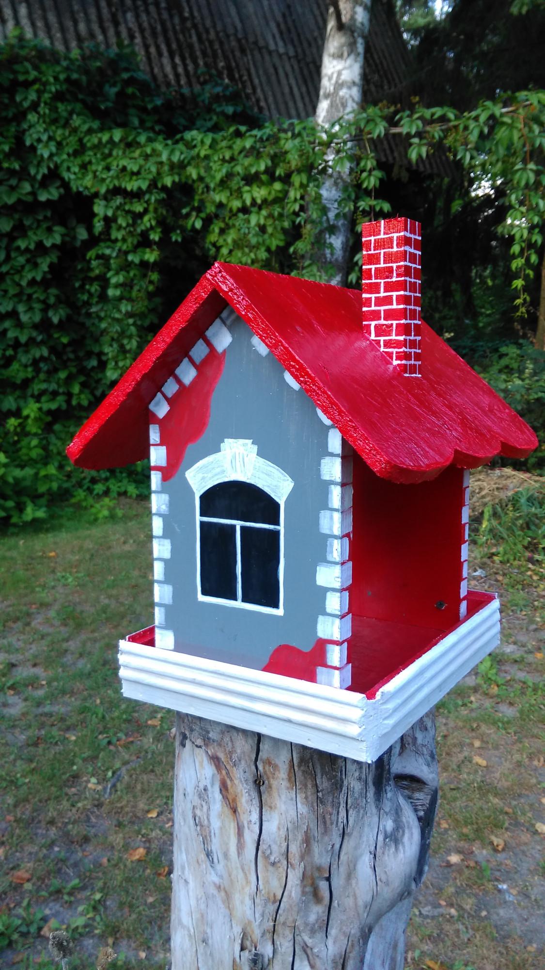 Кормушка для птиц, смастерил, пока был в отпуске. О ней я уже писал https://korolevvlad.livejournal.com/13192.html