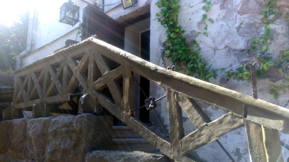 Лестница к кассе музея.
