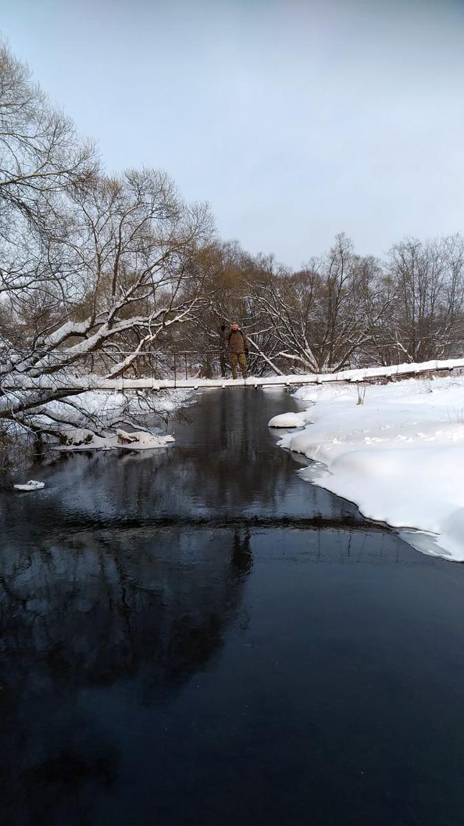 Рожайка не замерзла. А маршрут далее был разработан с расчетом, что река будет подо льдом.