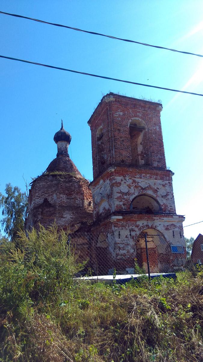 Суково основано в 1577 или 1578 году. Храм основан в 1745 году.