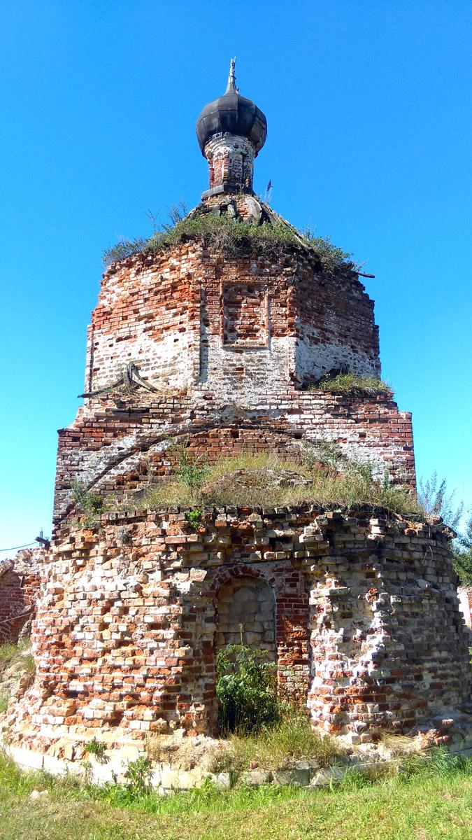В 2013 году территория храма была расчищена от мусора, а также земли, которая окружала храм. В этом году от центрального перекрестка села к храму дорога засыпана щебнем.