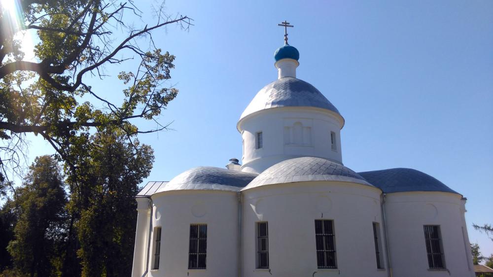В 1996 г. храм передан в ведение Русской Православной Церкви. Идут восстановительные работы.