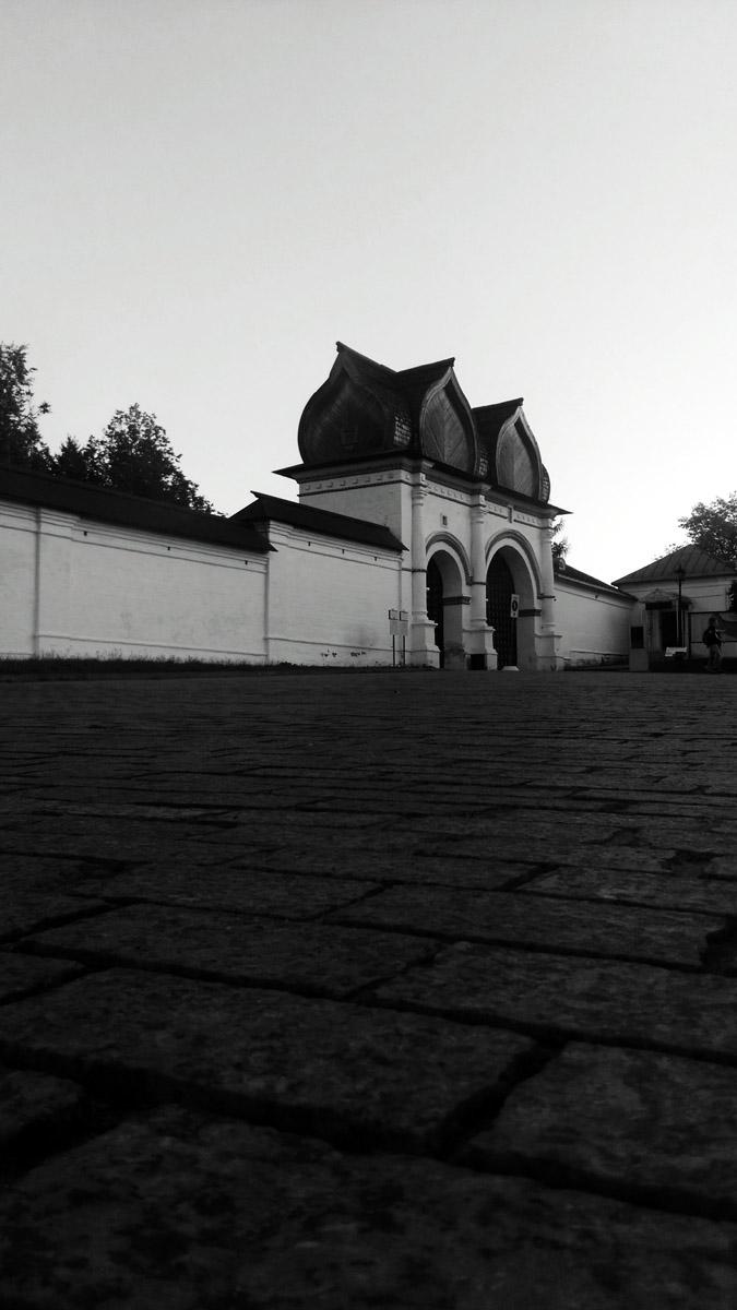 Парк-заповедник Коломенское. Спасские ворота. XVII век.