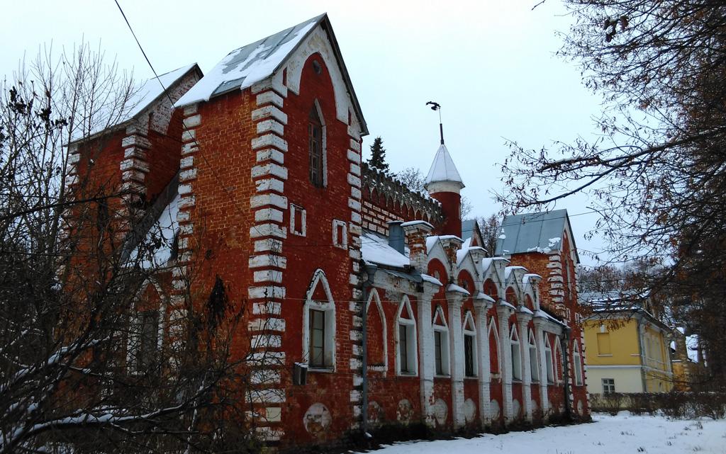 Дом церковнослужителей в усадьбе Суханово.