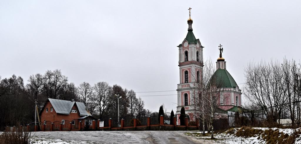 Церковь Успения Божией Матери. Село Успенское, гор. округ Домодедово.