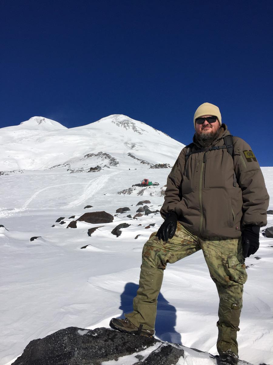 27 октября 2018. Гора Эльбрус и счастливый автор репортажа.