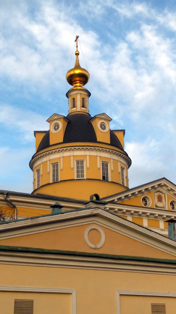 Кафедральный собор Покрова Пресвятой Богородицы на Рогожском кладбище.