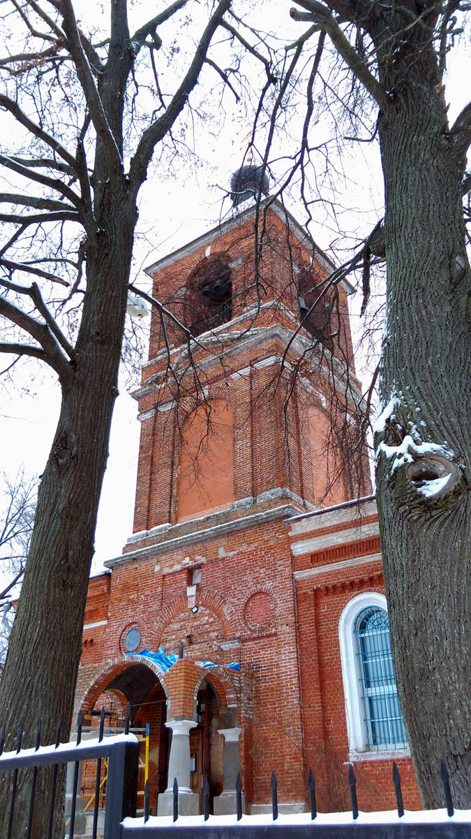 Колокольня Храма Успения Пресвятой Богородицы в деревне Липитино, Ступинский район.