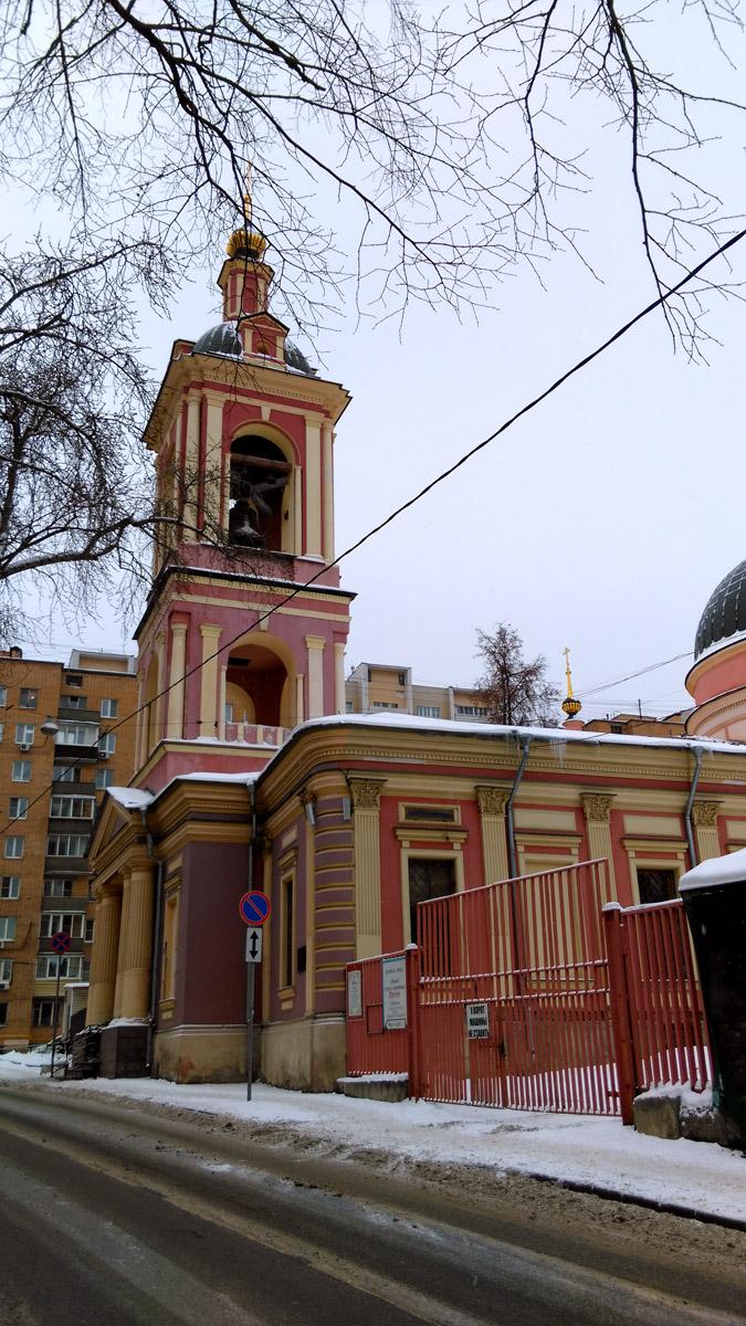 В 1992 году храм Святой Великомученицы Ирины был возвращен Русской Православной Церкви. В нём стали совершаться регулярные Богослужения, и параллельно —  ремонтно-реставрационные работы.