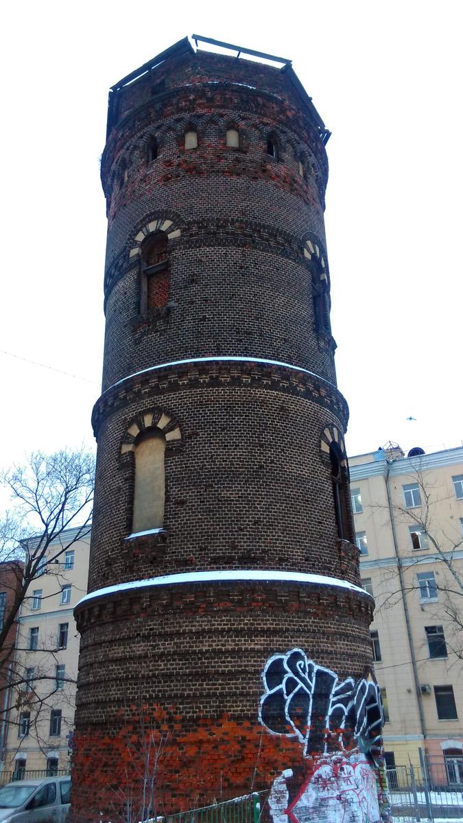 Водоёмная башня на станции Москва-Товарная Рязано-Уральской железной дороги — памятник архитектуры.