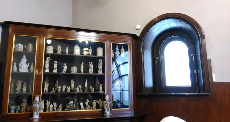 Коллекция восточной миниатюры из слоновой кости, нэцкэ собранная Максимом Горьким. Сегодня это одна из лучших коллекций нэцкэ в мире.