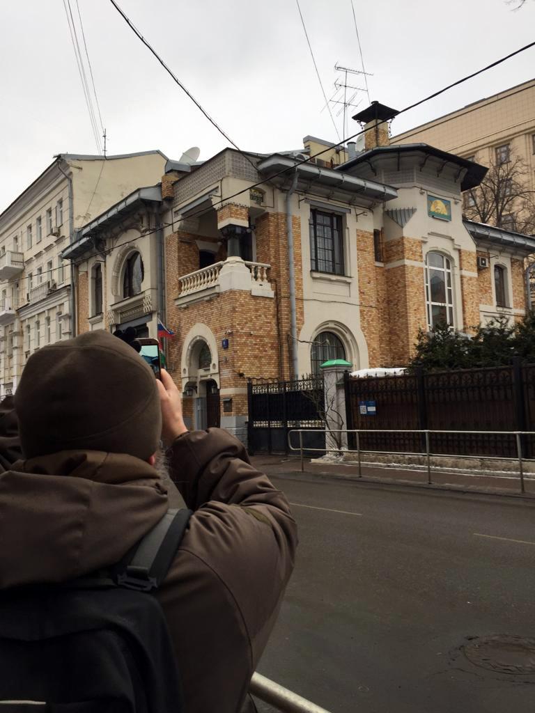 Фотографирую шедевр архитектора Льва Кекушева. Первый в Москве дом в стиле Модерн и дом который Лев Николаевич строил для своей семьи...
