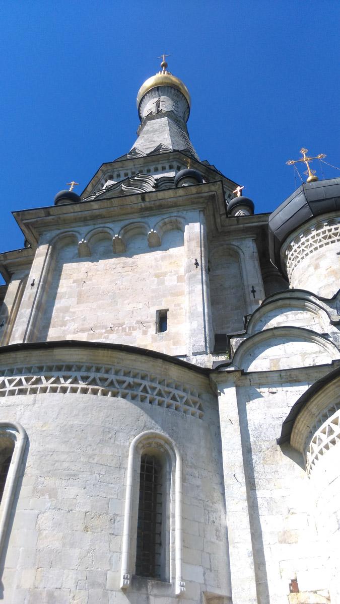 Храм работал до 1940 года. 20 лет здание никак не использовалось. с 1960 года храм начали реставрировать под руководством архитектора-реставратора Бориса Альтшуллера. В 1990 году во вновь открывшемся храме его же и отпевали.