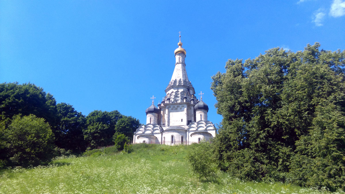 Еще раз любуемся красотой и величием Храма.