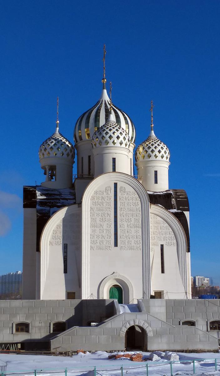 Строящийся Никольский храм (Красногорск).