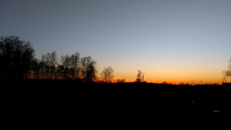 А это я почти дома... Солнце проводило меня и скрылось за горизонтом...