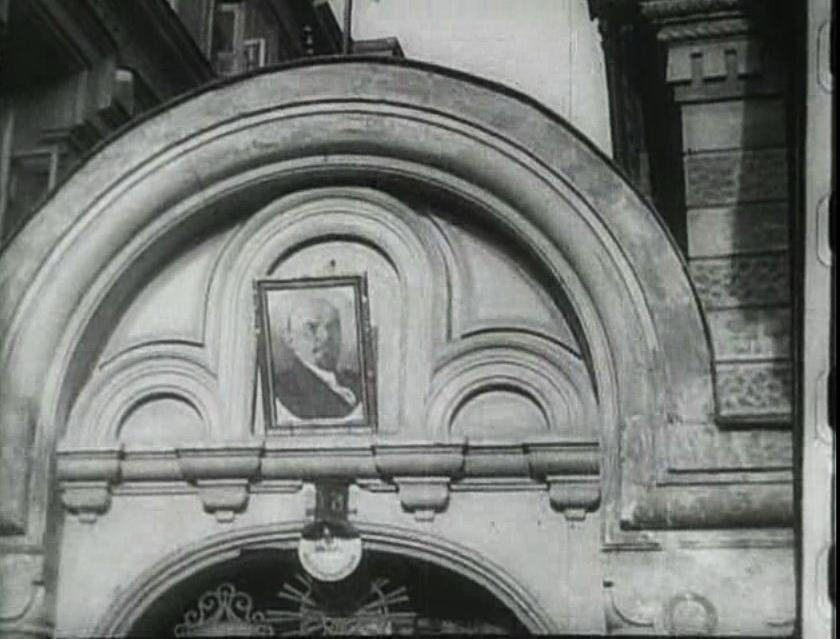Человек с киноаппаратом (1929)[(084034)21-41-06].JPG