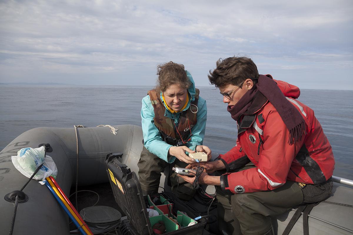 рыбалка с выходом в море на лодке