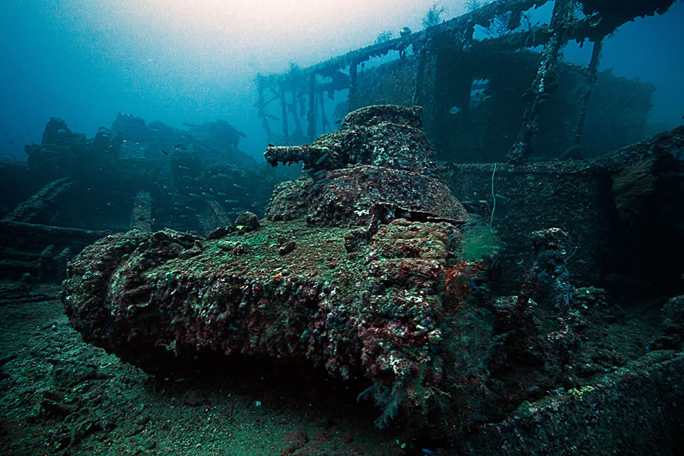 A-light-tank-on-the-deck-of-the-San-Francisco-Maru-at-about-50m-depth-in-Truk-Lagoon