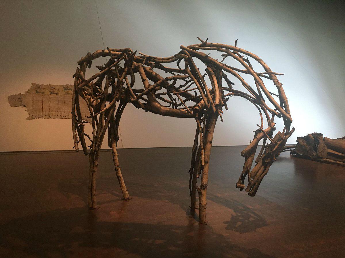 3-Выставка Паническое бегство - животные в искусстве.jpg