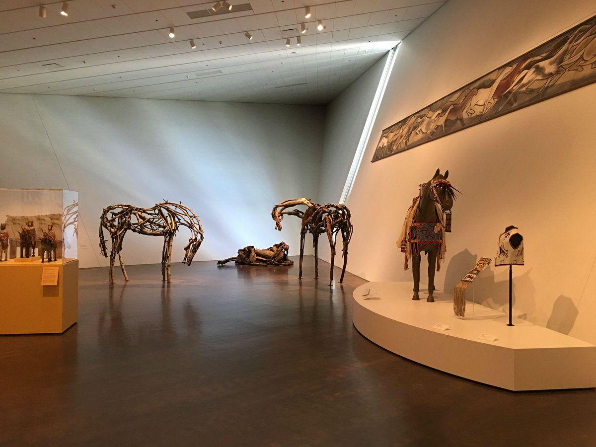 4-Выставка Паническое бегство - животные в искусстве.jpg