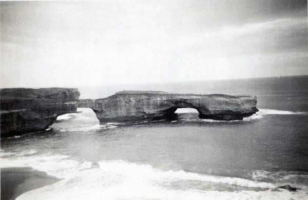 London_Bridge,_Victoria,_circa_1950