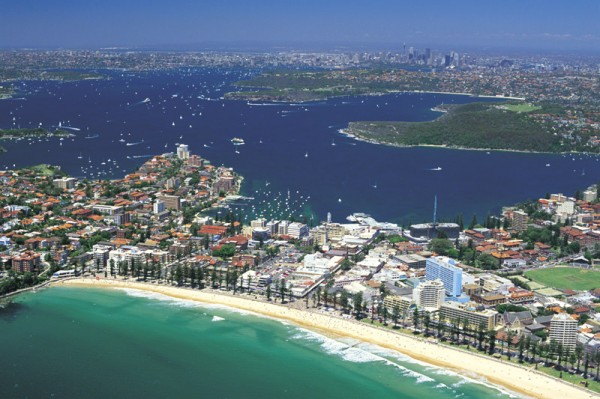 sydneys-tracks-bays-and-beaches-aerial-view-of-manly-beaches