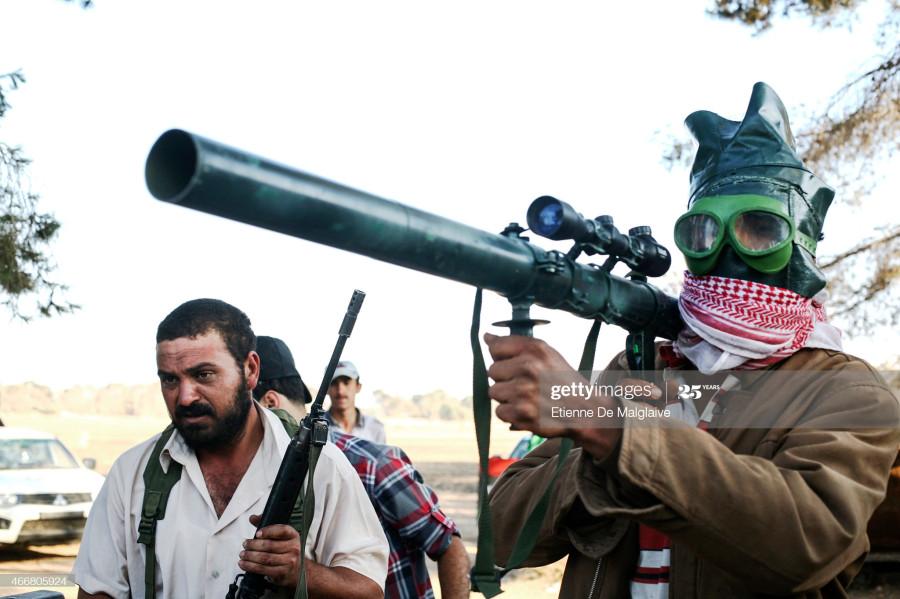 466805924-Al Dafniya's front line, west of Misrata. 30 May 2011.jpg