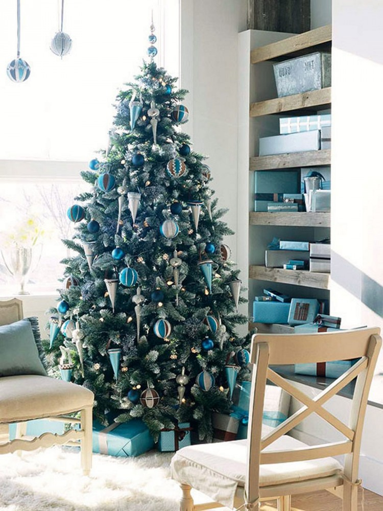 Cristmas-holiday-decoration-biru