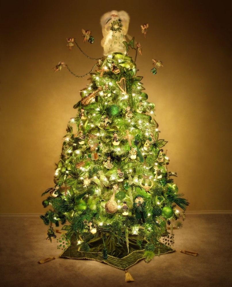 _irish-christmas-tree_full-shot-50percent