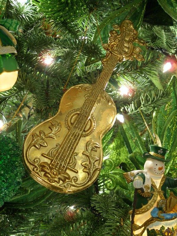 music-instrument-ornament-cello
