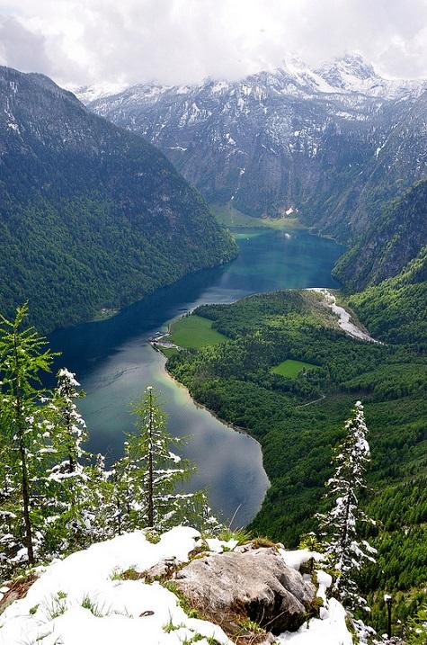 5-Кёнигзее - самое чистое озеро Германии. Вид сверху