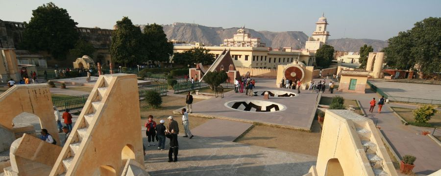 Jantar-Mantar-2560x1024